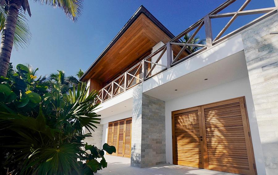 Bahamas Beach House Exterior